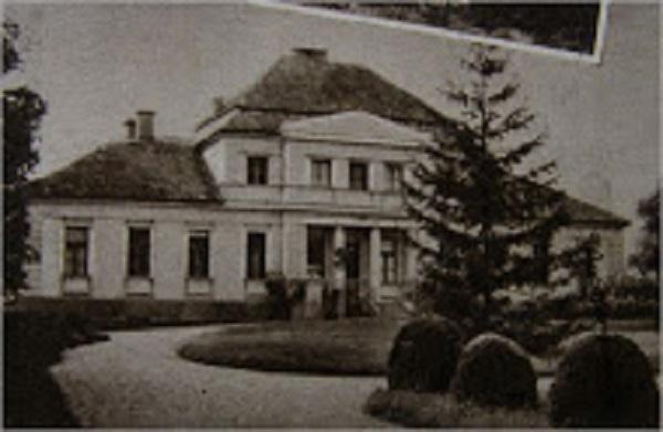 A Wooster-kastély Pusztaszabolcson