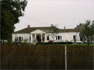 A Modrovich-kúria Rácalmáson