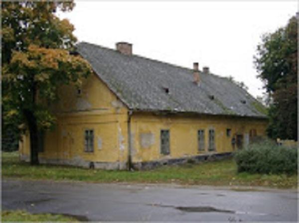 Mezőfalva, Ménesmajor, Ciszterci-kúria