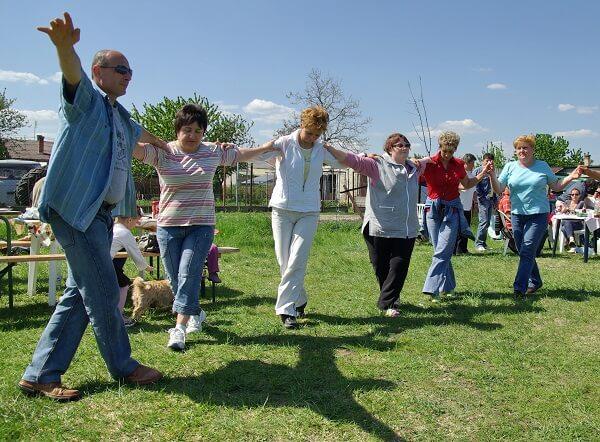 A görög húsvét a táncról is szól